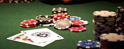 Poker Online Adalah Permainan Kartu Paling Populer